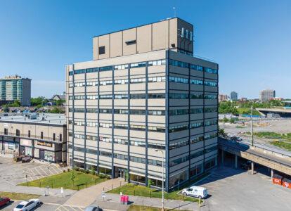exterior 250 city centre avenue