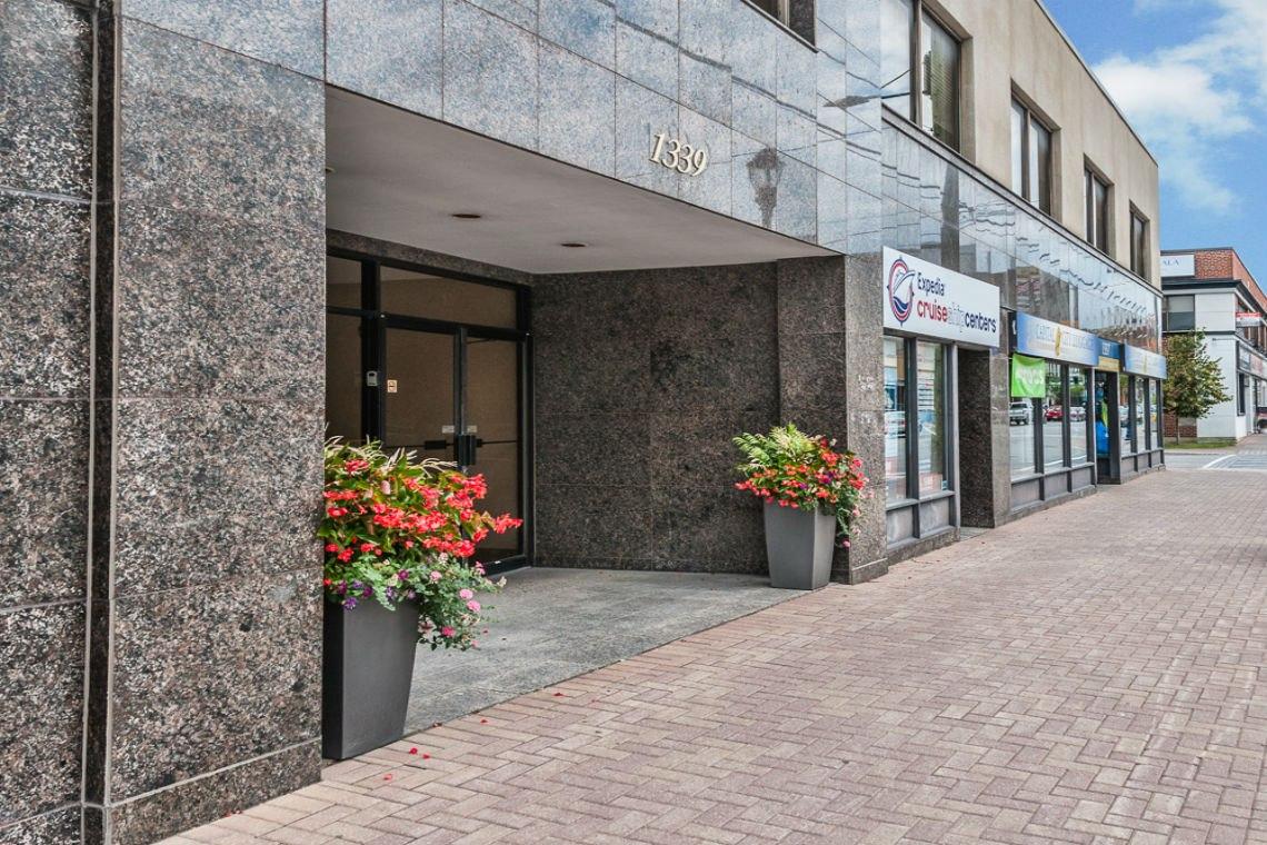 building entrance exterior 1339 wellington street west