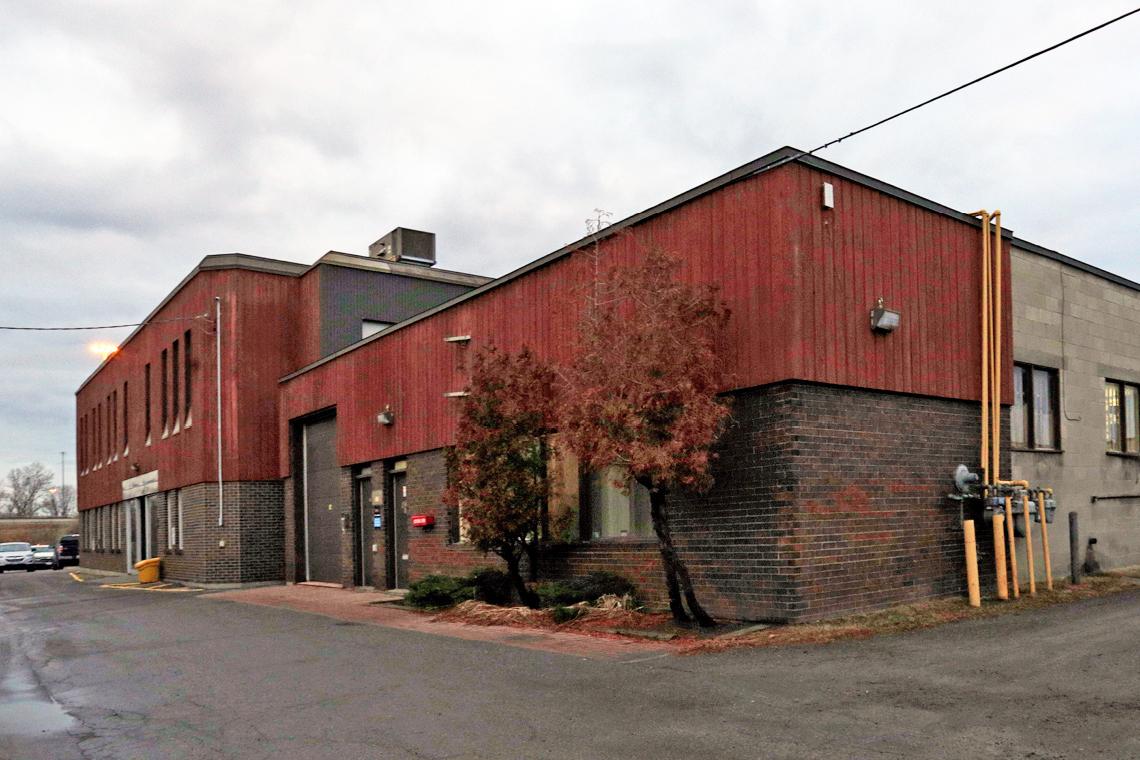 1417 cyrville road exterior