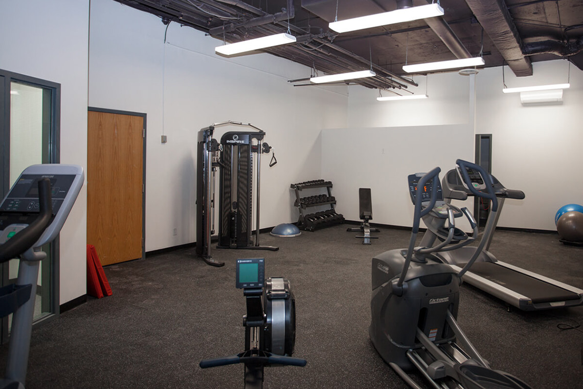 free fitness centre tenant amenity 2249 carling avenue