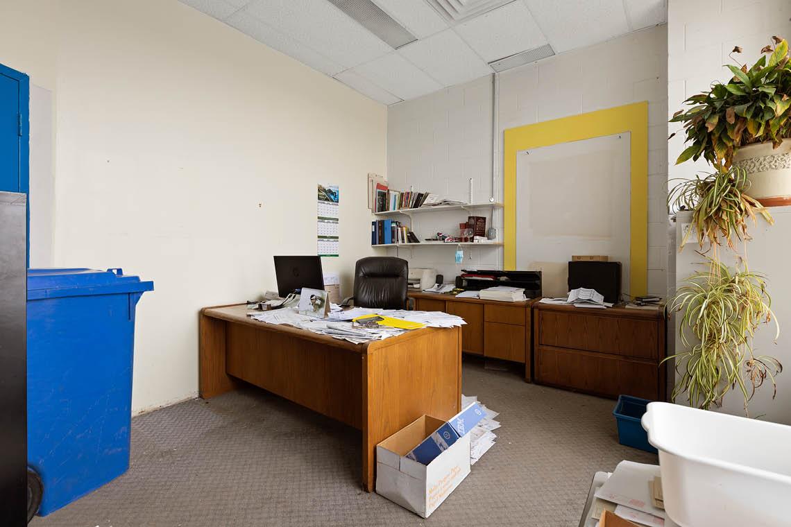 small office inside bay 238 upper level warehouse bay 250 city centre