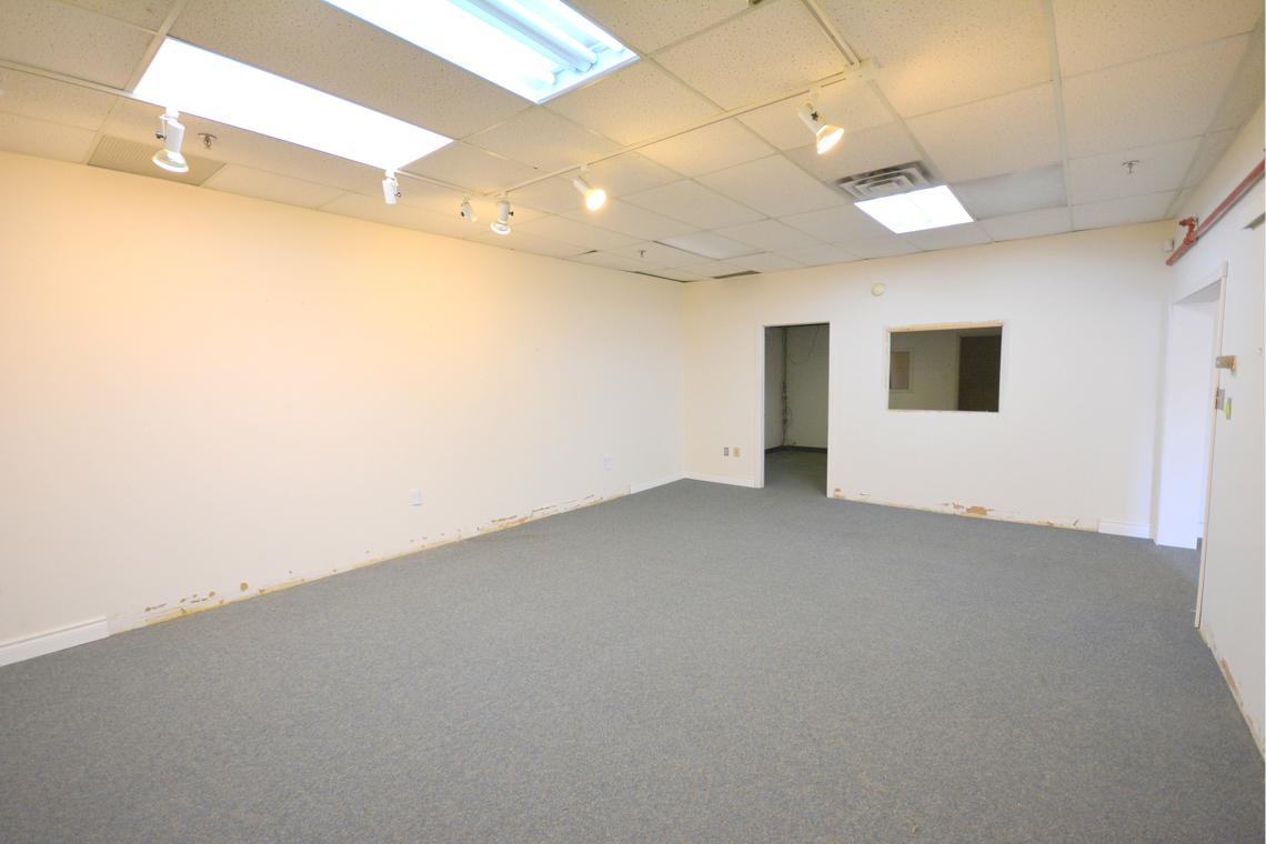 interior bay 222 built in office 250 city centre