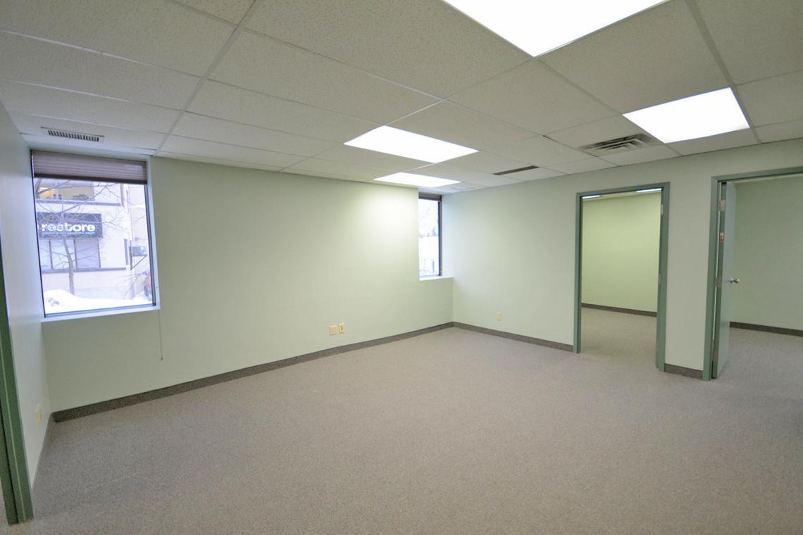 suite 100 interior 119 ross avenue