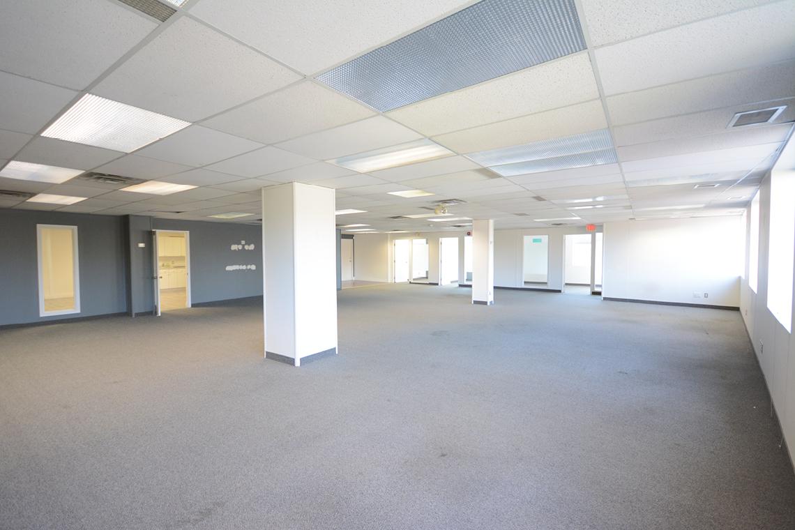 suite 200 interior 119 ross avenue