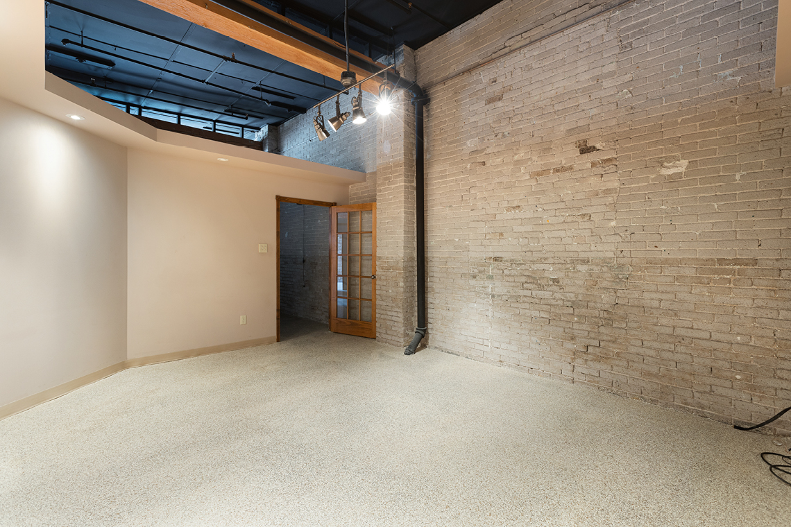 166 elm street interior