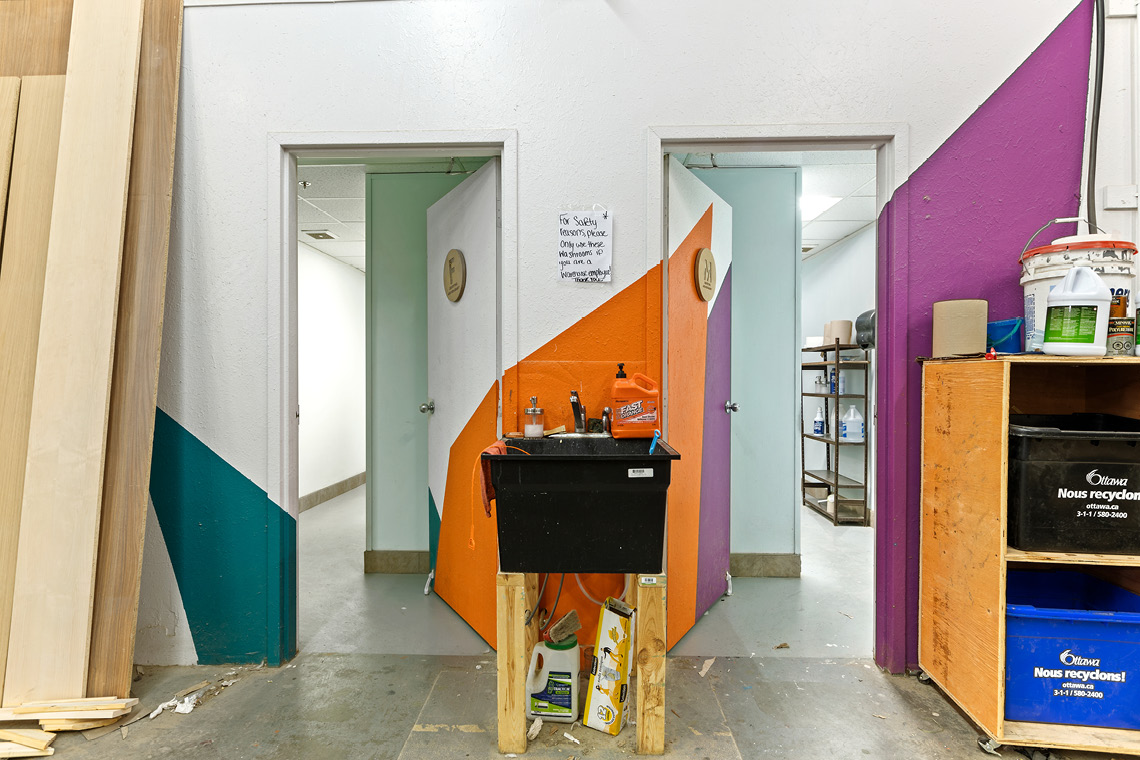 interior photo warehouse bay 208-218 washroom entrance