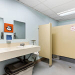 interior photo warehouse bay 208-218 washroom
