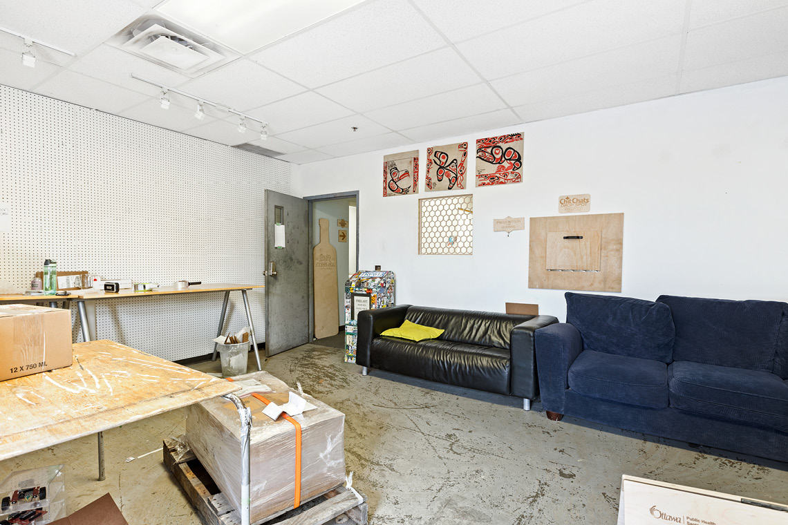 interior photo warehouse bay 208-218 built-in offices