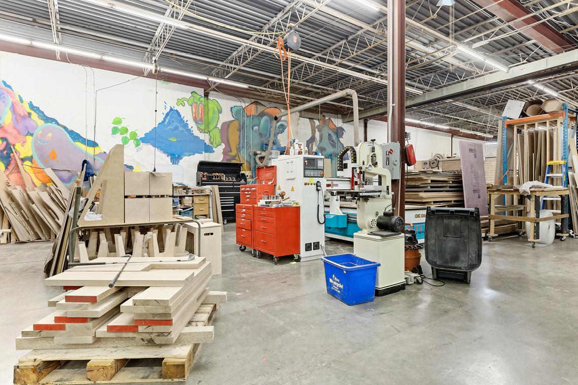 interior photo warehouse bay 208-218