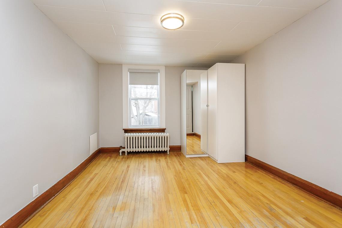 unit 1 bedroom facing window 45-47 saint andrew street