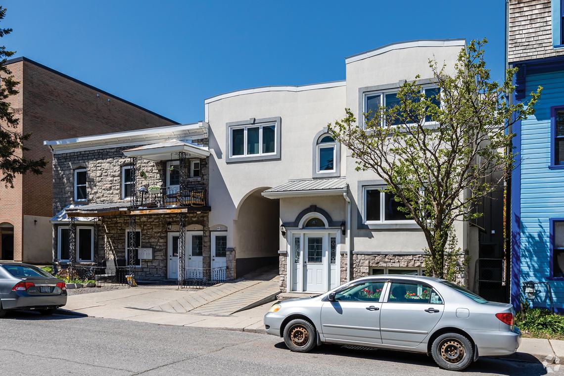exterior 45-47 saint andrew street