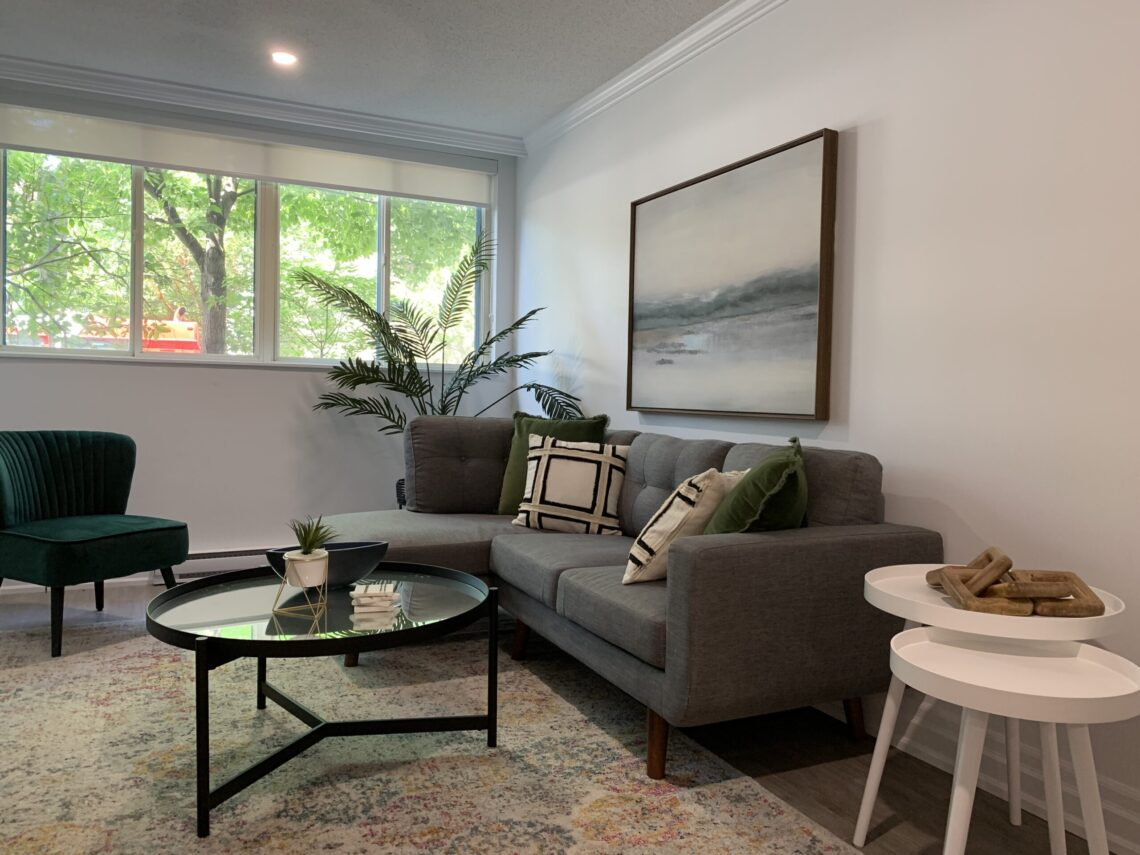 Living area at 377 O'Connor